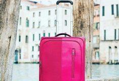 Бесплатный провоз багажа хотят запретить, а ручную кладь — ограничить. Правда ли это и что теперь изменится?