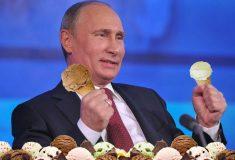 «Долго ещё будете умиляться?» СМИ Кремля так много писали о мороженом Путина, что разозлили своих читателей