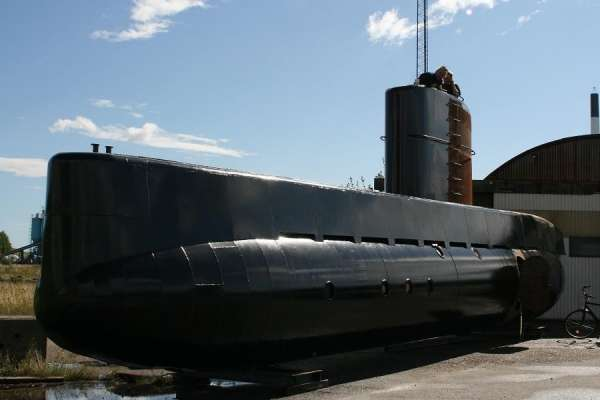 http://medialeaks.ru/wp-content/uploads/2017/08/submarine-04-600x400.jpg