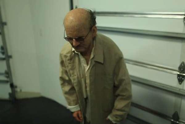 Ребенок притворился дедушкой иотправился вмагазин за спиртом