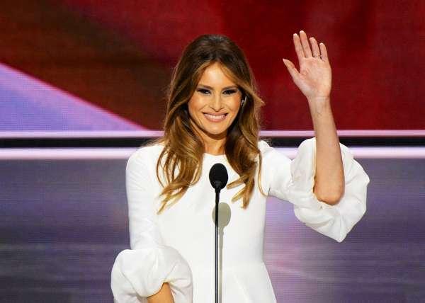 Юзеры социальных сетей предположили, что Трамп подменил супругу