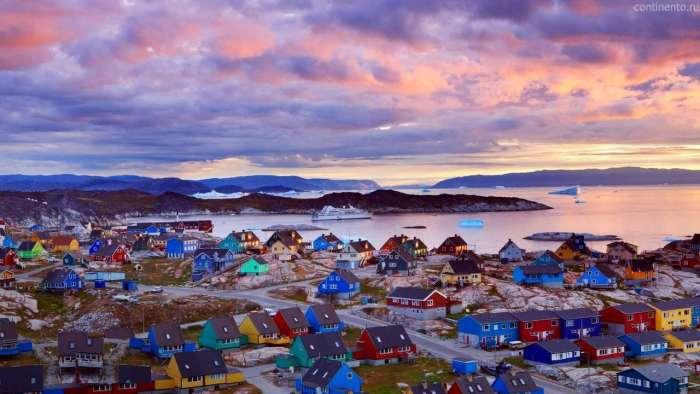 Один парень напился и попросил у Дании отдать ему Гренландию. И на просьбу по-доброму ответили