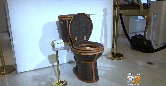 «Унитаз Louis Vuitton» реализуют за $100 тыс
