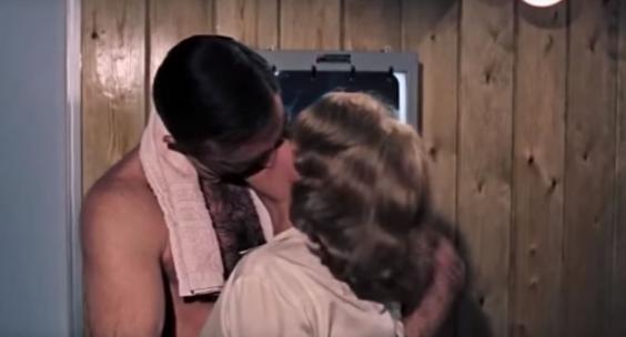 Миллениалы добрались до старых фильмов про Джеймса Бонда. И, конечно же, без ума от сексизма в них