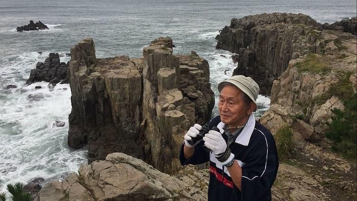 «Я просто говорю: «Привет, как у вас дела?» История японца, который спас больше 600 самоубийц