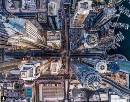 Фотограф-любитель сделал снимки Дубая в необычном ракурсе. От его работ кружится голова