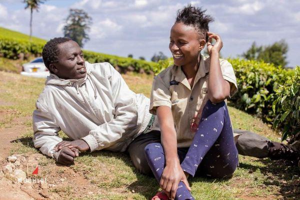 Фотограф из Кении превратил молодых бездомных в пару фотомоделей. Менять пришлось не так уж много
