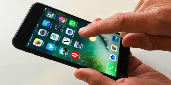 Обновление iOS 11.3 блокирует iPhone, если тот был отремонтирован не в Apple. Баг? Не уверены