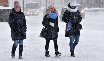 Месть чучела Масленицы. В несколько городов России вернулась зима, и глядя на их фото, хочется сделать «брррр»