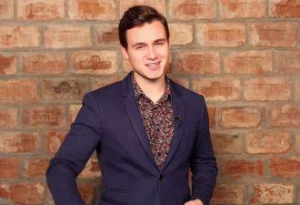 Николая Соболева избили в подъезде его студии (на самом деле нет). Что известно об инсценировке