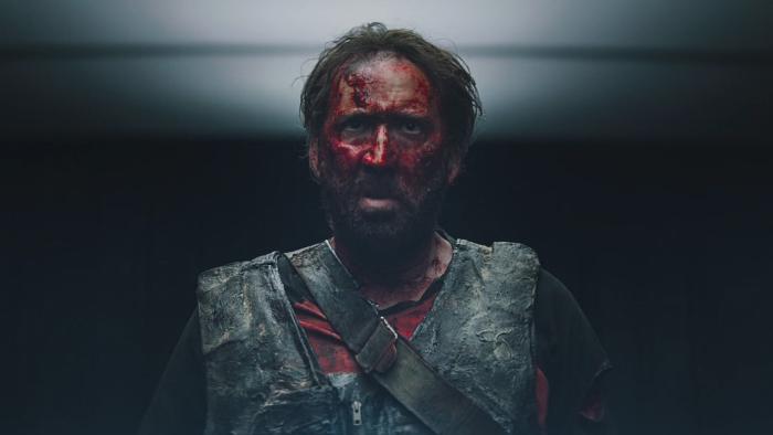 Николас Кейдж обезумел и взялся за гигантский топор. Да, это трейлер нового психоделичного фильма с ним!