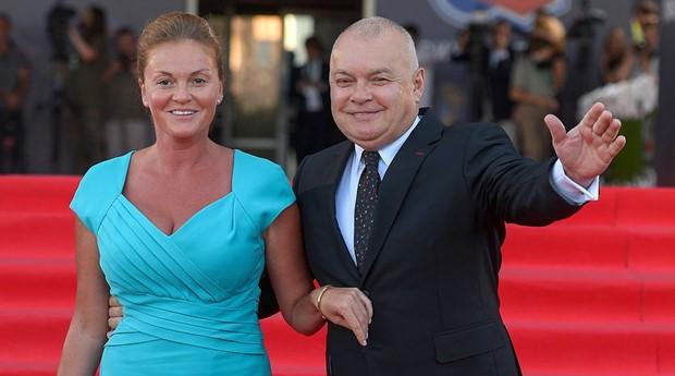 «Стимул жить дольше». Жена Дмитрия Киселёва нашла выгоды в пенсионной реформе. Но россияне это не оценили