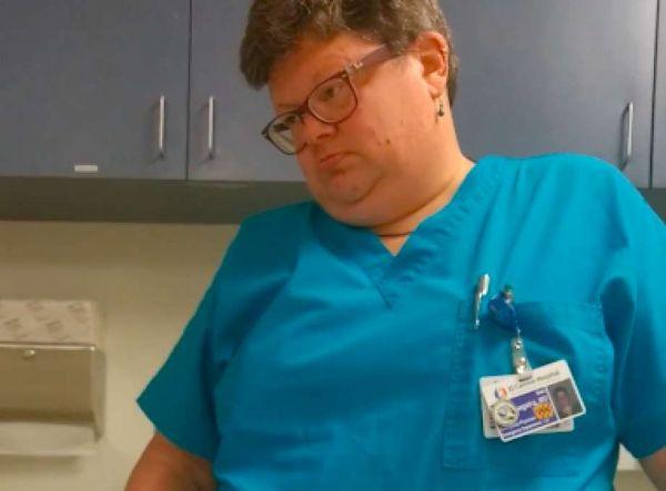 Секс парни у врача видео