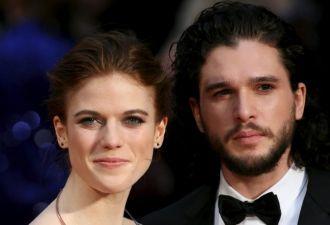 Джон Сноу по-тихому женился на рыжей Игритт. Свадьба выглядит, как серия «Игры престолов»