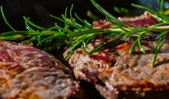 Стейки - это новые брокколи. Мясоеды придумали, как быстро похудеть, но скептикам диета не понравится