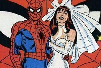 Человек-паук станцевал лезгинку с дагестанской невестой. Это не шутка из Comedy Club, это улётное видео