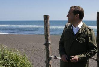 Дмитрий Медведев опять пропал. В последний раз его показывали живым девять дней назад