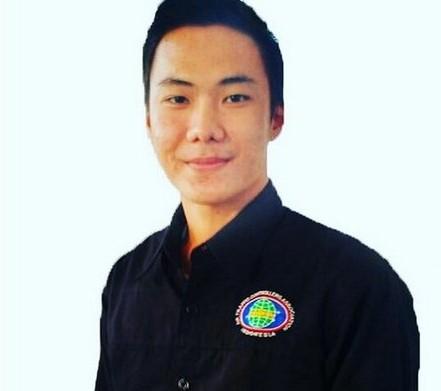 ВИндонезии авиадиспетчер умер , отказавшись покидать рабочее место из-за землетрясения