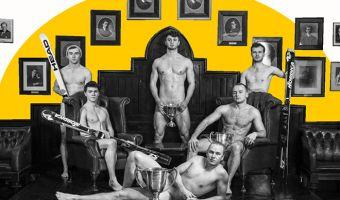 Спортсмены из Кембриджского университета снялись для календаря без одежды. Благотворительность — она такая