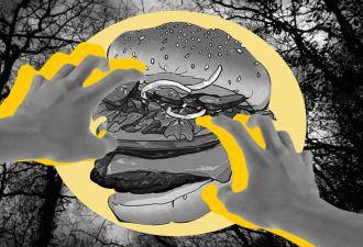 Особый бургер от Burger King вроде как может вызывать кошмары. Объяснение научное, но к нему много вопросов