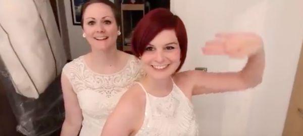 Видео жннщина и девочка порно ролики