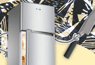 Почему из холодильника неприятно пахнет? Домохозяйка раскрыла секрет бытовой техники, и забывать о нём опасно