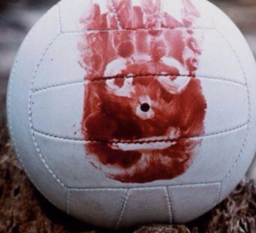 Этот неловкий момент: ДиКаприо получил полицу волейбольным мячом