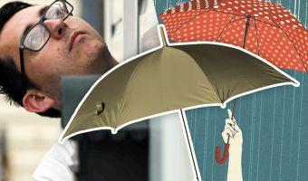 Англичанину приходится всегда ходить с зонтом, но он не сумасшедший. Это оружие, без которого ему крышка