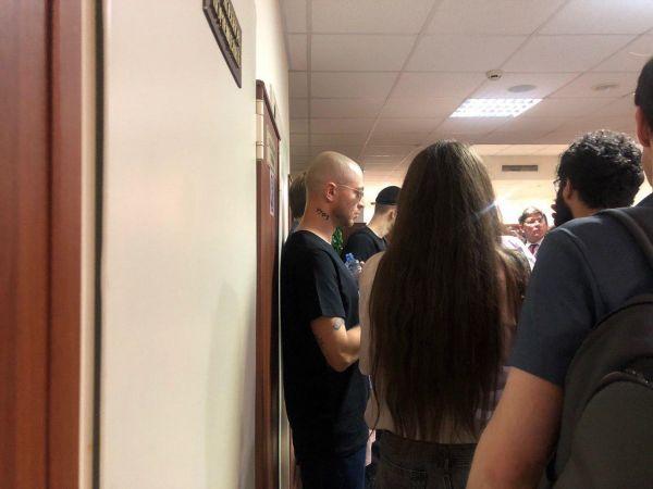 Обвиняемого вбеспорядках намитинге блогера Жукова оставили вСИЗО
