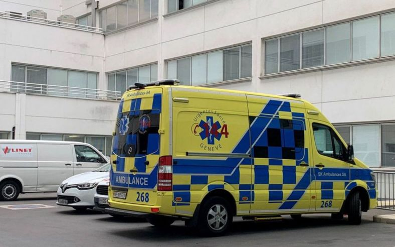 СМИ узнали о тайной госпитализации Шумахера в больницу в Париже
