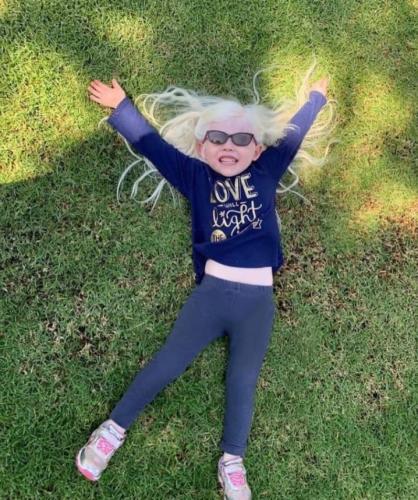 Татьяна родилась за день до Национального дня осознания альбинизма, который приходится на 13 июня.