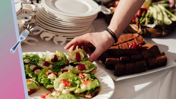 Завтракать каждый день, но не переедать — как еще помочь пищеварению в отпуске
