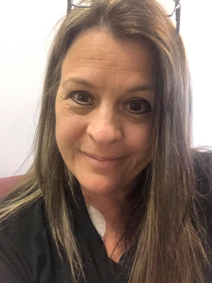 Эми Петтенато из небольшого городка Медфорд, штат Нью-Йорк, борется с заболеванием почек и раком