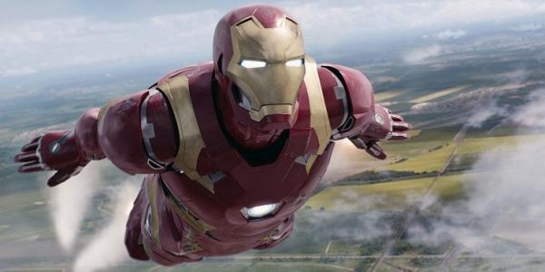 Британский «железный человек» пролетел над Ла-Маншем вреактивном костюме