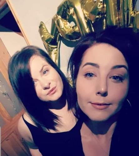 Мелисса (слева) и Саманта (справа)