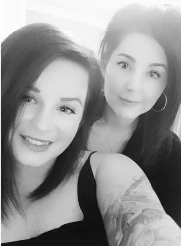 Бывшие лучшие подружки Мелисса и Саманта