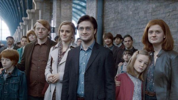 Каст «Гарри Поттера» собрался на одной фотке с вечеринки. Теперь всем не даёт покоя то, как изменился Малфой