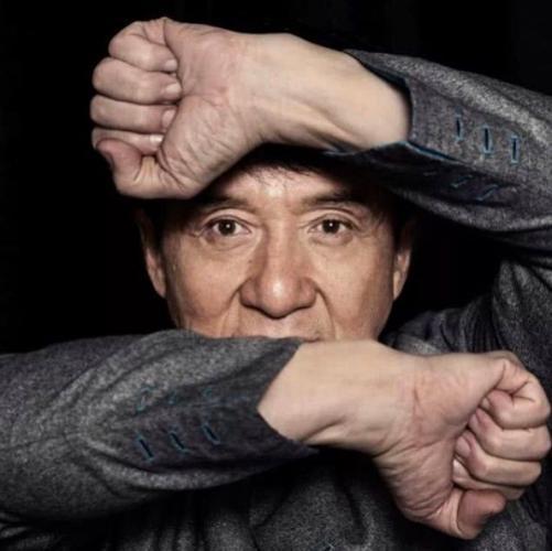 """Джеки Чан до слёз напугал режиссёра на съёмках фильма """"Авангард"""". И в снова доказал, что он - сверхчеловек"""