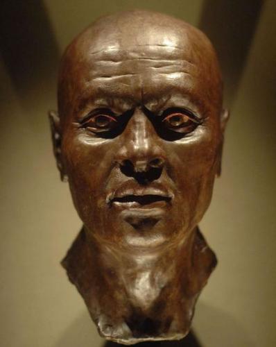 Люди услышали голос древней мумии, и никакие ужастики не спасли её от троллинга. Слишком уж мемный вышел звук