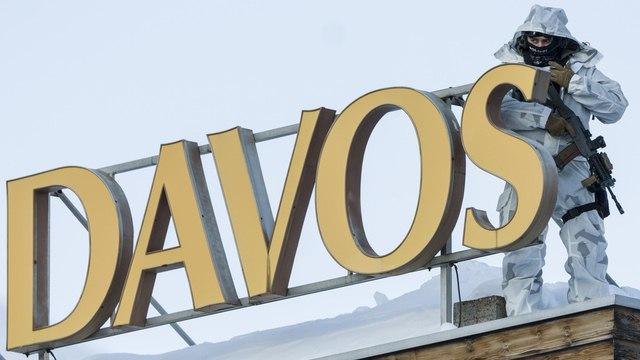 Перед форумом в Давосе задержали двух россиян. Один из них представился сантехником, но оказался дипломатом