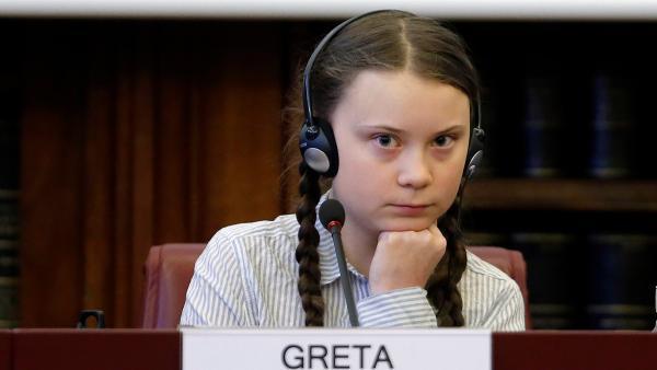 Имя Греты Тунберг станет товарным знаком. Активистка хочет, чтобы на её движении перестали зарабатывать