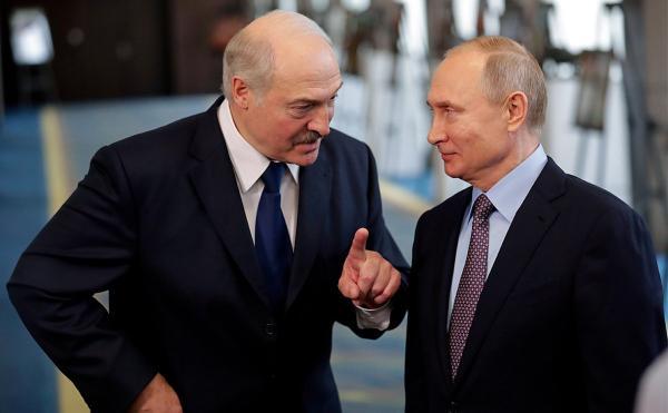 Издание Bloomberg рассказало, зачем Путину нужны поправки в Конституцию. Они заменят объединение с Белоруссией