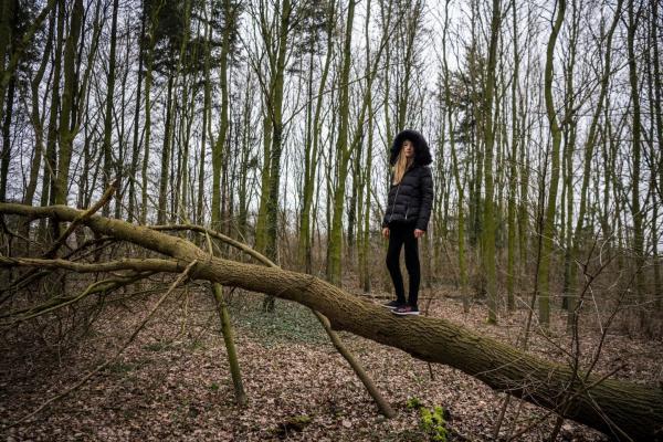 """В Германии появилась """"анти-Грета"""" с ютуба. 19-летняя Наоми Зайбт - это героиня, которую ждали многие"""