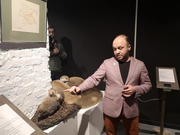 В Новосибирске открылась выставка о размножении животных. И её содержание шокировало православного активиста