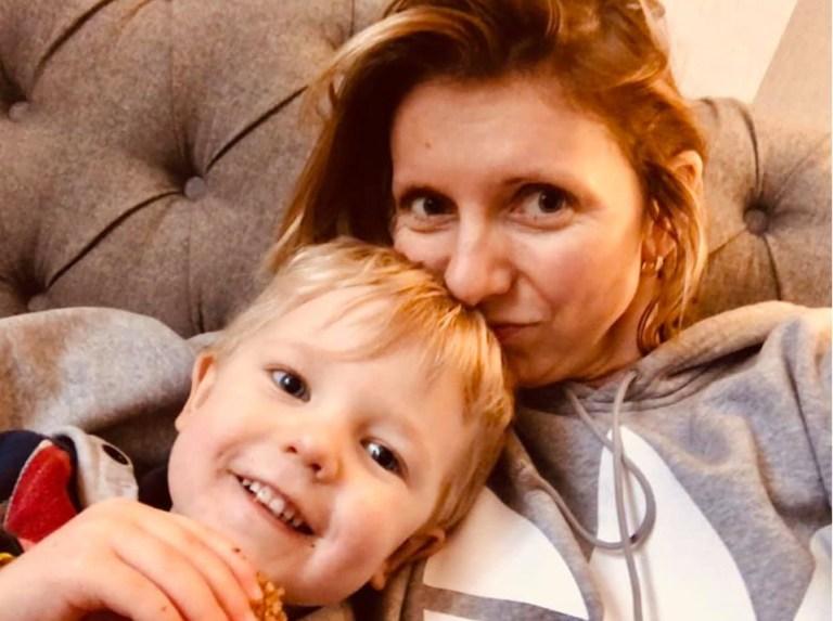 Мама показала, как выглядит жизнь с детьми не в инстаграме, а на самом деле.