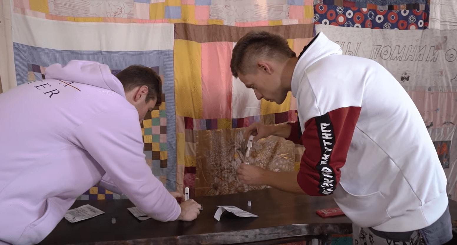 Дудь выпустил документалку о настоящей смертоносной эпидемии в России. И это не новый коронавирус, это - ВИЧ