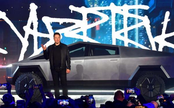 В Сеть попало руководство для сотрудников Tesla. Работать непросто, но шанс написать Илону Маску есть у всех