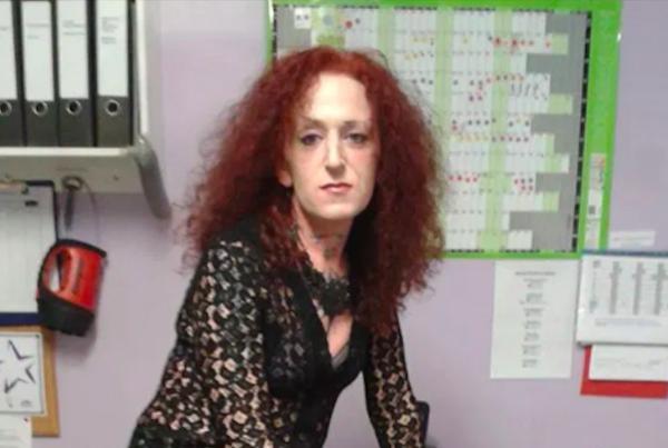 Трансгендерная женщина ограбила магазин, но осталась на свободе. Просто в суде так и не разобрались с её полом