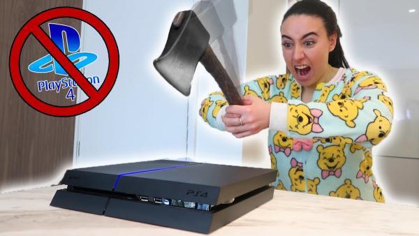 Девушка решила отомстить мужу, а пострадала его PS4. Ведь женская ярость + суперклей - это страшный коктейль