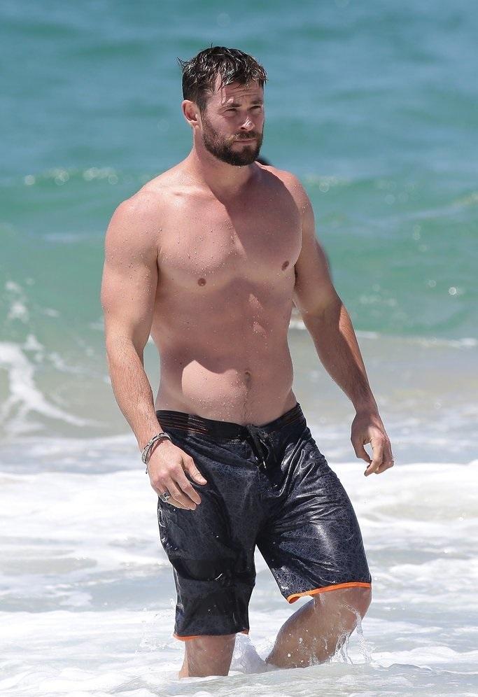 """""""Без меня он был бы никем"""". Друг Криса Хемсворта рассказал, кому актёр обязан мускулатурой (нет, не генетике)"""